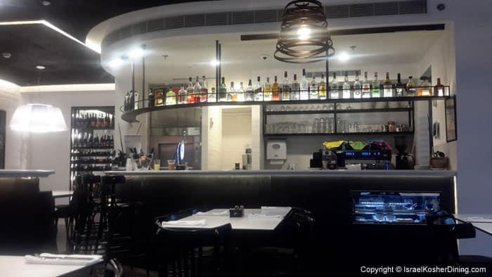 Liquor and wine bar